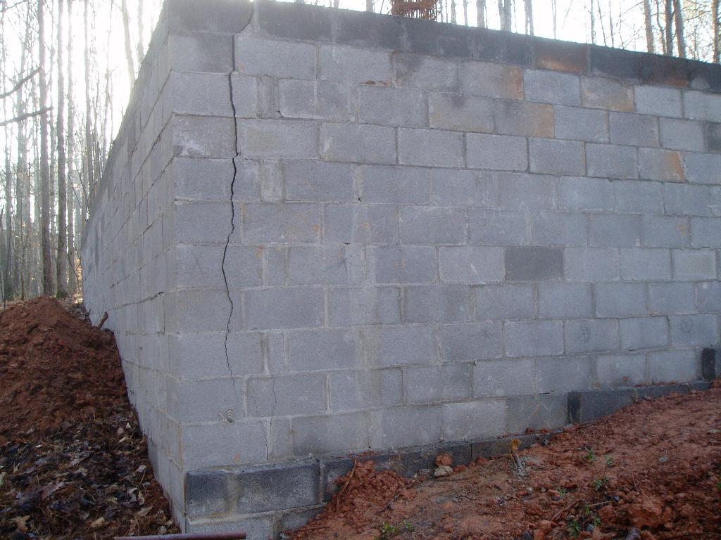 R404 Foundation Walls